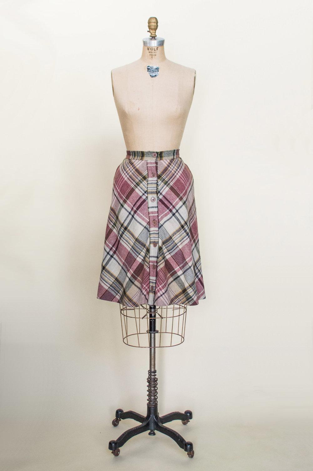 Vintage 1970's plaid skirt from Dalena Vintage