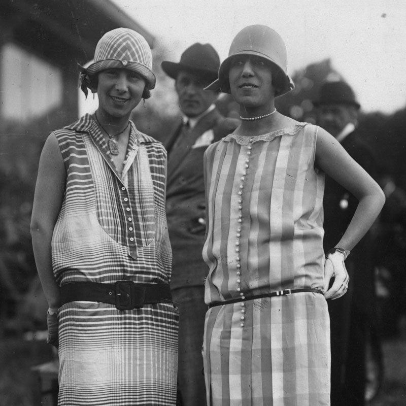 21 Style Moments from 1920s Street Fashion