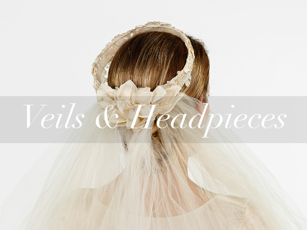 Vintage wedding veils and headpieces from Dalena Vintage.