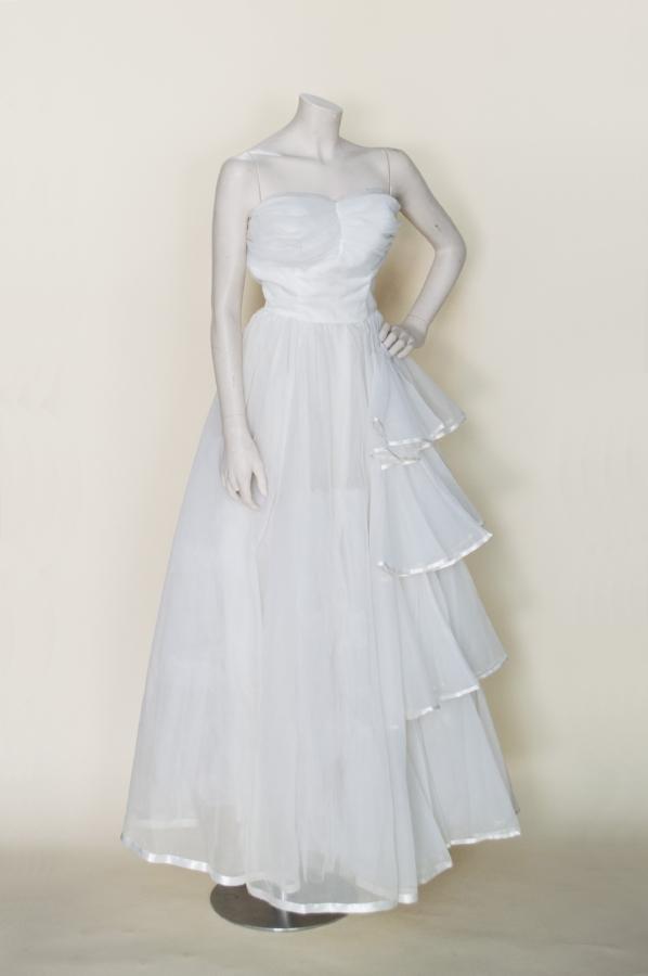 Wedding dresses vintage clothing store online austin for Vintage wedding dresses austin