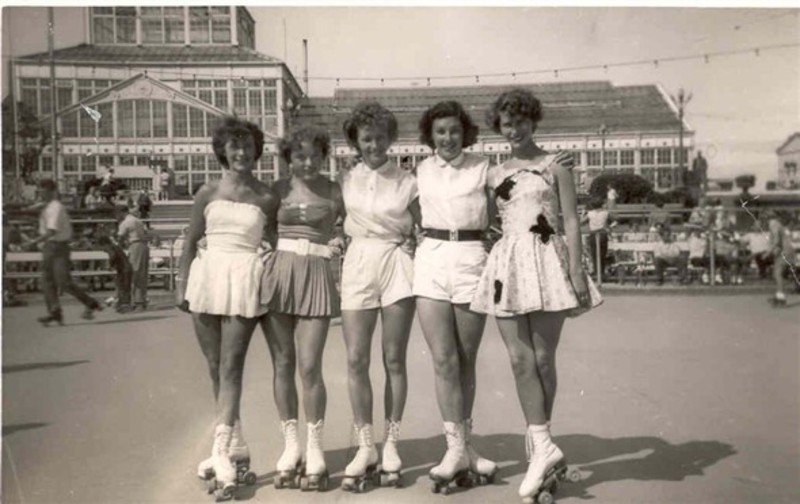 Members of the Great Yarmouth roller skating club at Wellington Pier circa 1950