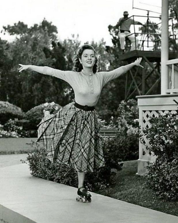 """Debbie Reynolds on skates in """"I Love Melvin"""" in 1953"""