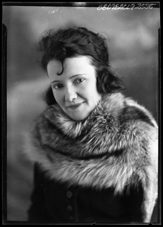 Portrait of a Texan woman taken in the 1920s by Julius Born.