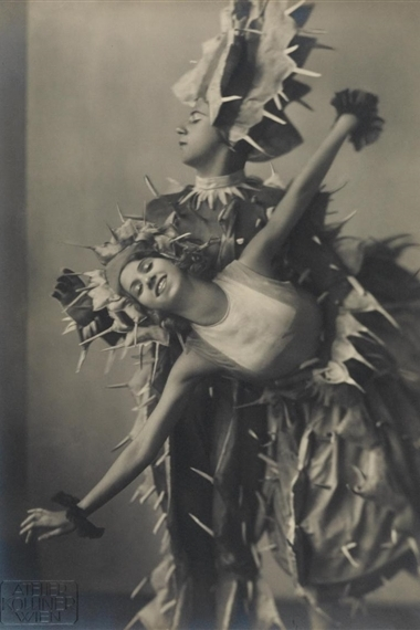 Take some inspiration from this 1930s photo and make your own cactus costume!