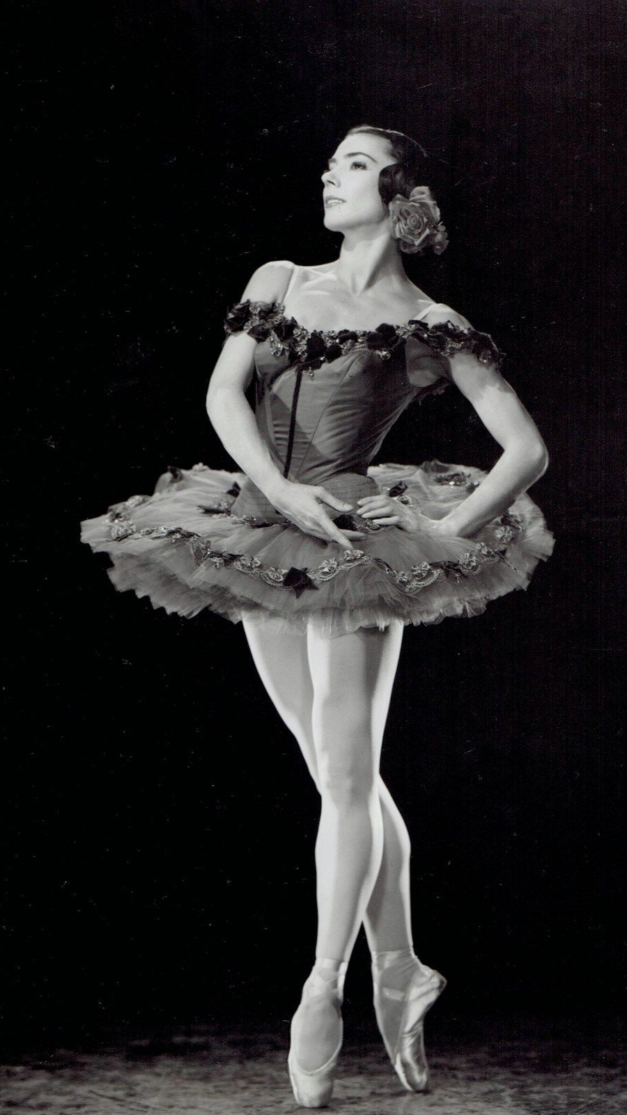 Get inspired with these vintage Halloween costume ideas. How about a vintage Russian ballerina?