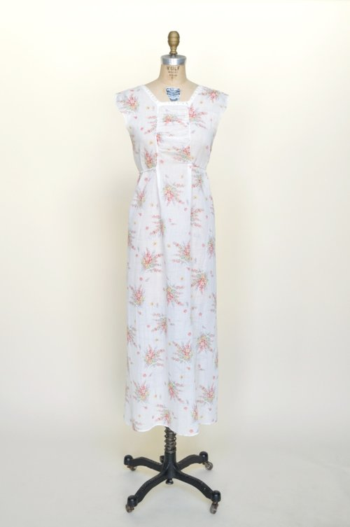 1930s dress in soft floral cotton from Dalena Vintage