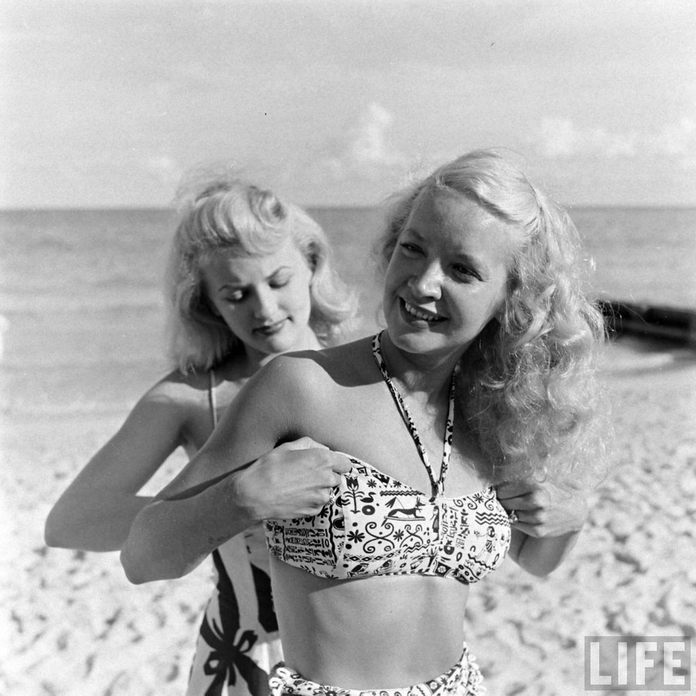 Florida showgirls at the beach, 1947. Via Time Life Archives.