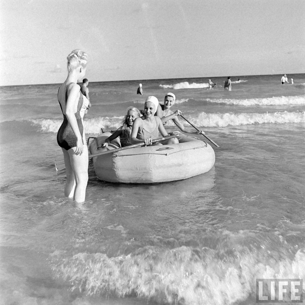 Florida showgirls at the beach, 1947. Time Life Archives.