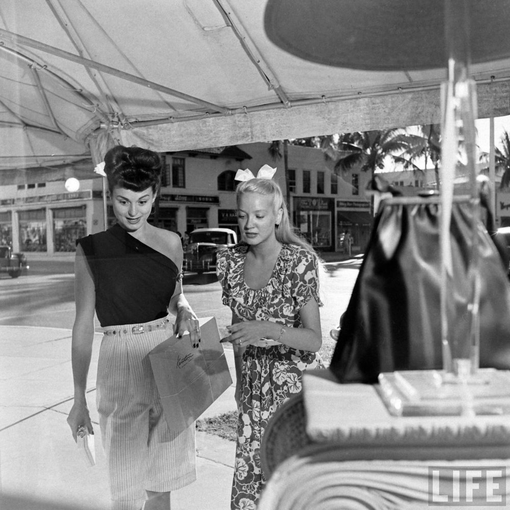 Two showgirls window shopping, 140s. Photo via Time Life Archives.