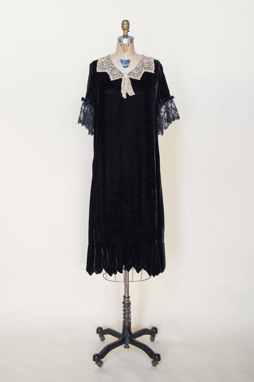 1920s Dresses & Our Art Deco Archive — Vintage Clothing Store Online ...
