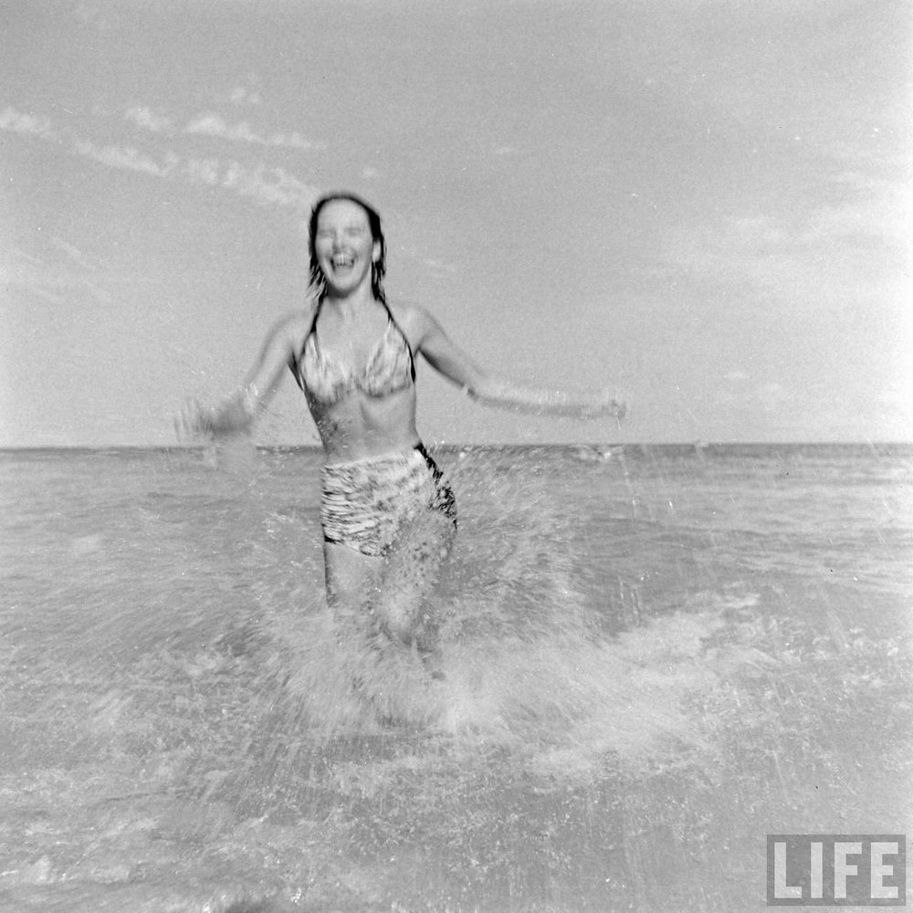 Florida showgirl at the beach, 1947. Via Time Life Archives.