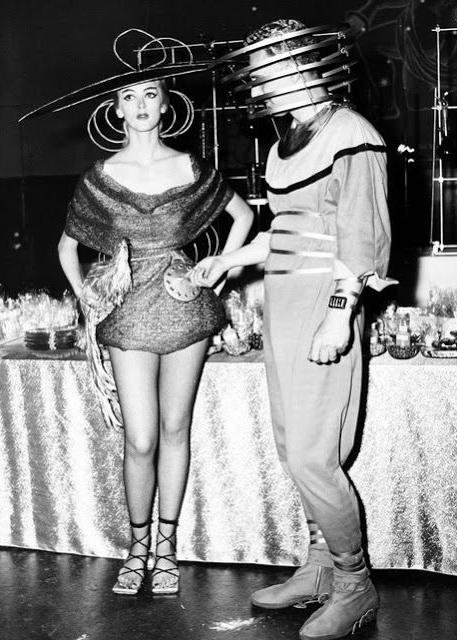 A 1950s SciFi Halloween costume idea for couples!