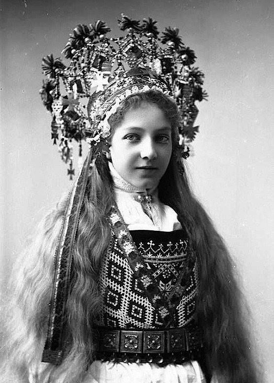 vintage-norwegian-bride-costume-1.jpg