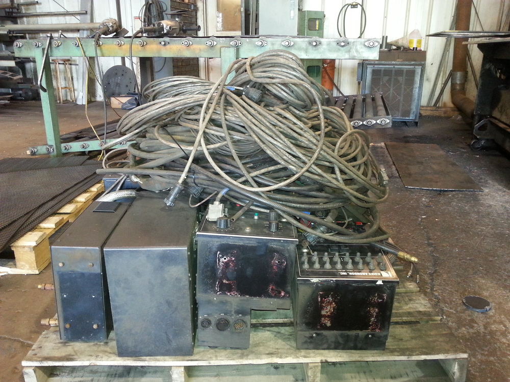 Orig control and cables on pallet.jpg