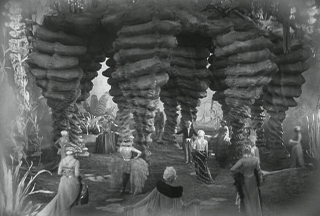 Famous garden scene screen capture from Metropolis, direct inspiration for Advent of Plenitude.