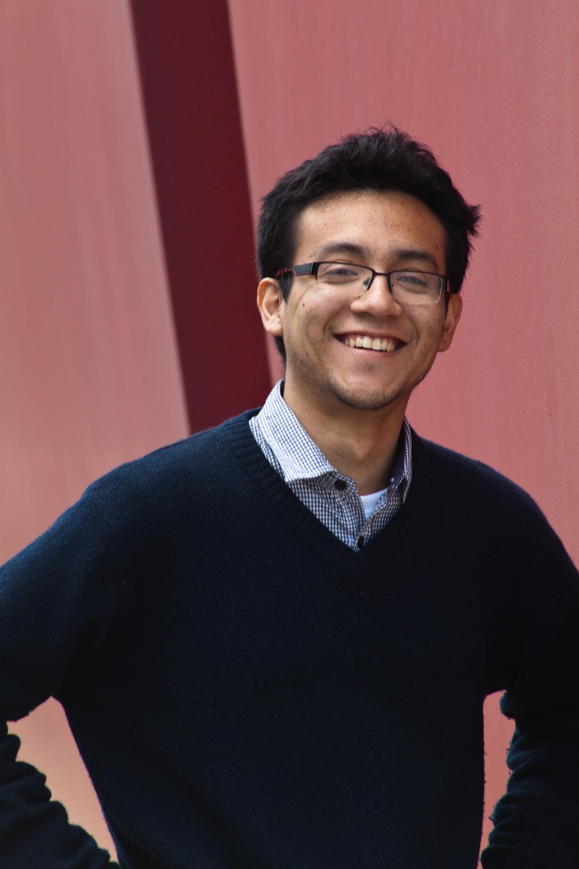 Luis Wong Ingeniero. Ha sido editor asistente de la revista Etiqueta Negra. Es co-fundador de Bit Bit y LEAP Game Studios. Es director ejecutivo del IGDA Perú. No sabe montar bicicleta y no ha sufrido una mudanza. Vive en Lima.