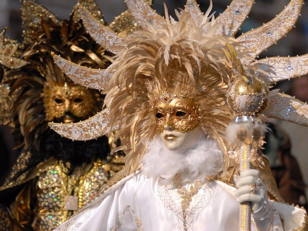 carnevale-di-venezia-venice-carnival-mask-ana-livingston-fine-artist-blog-post-2014-5.jpg