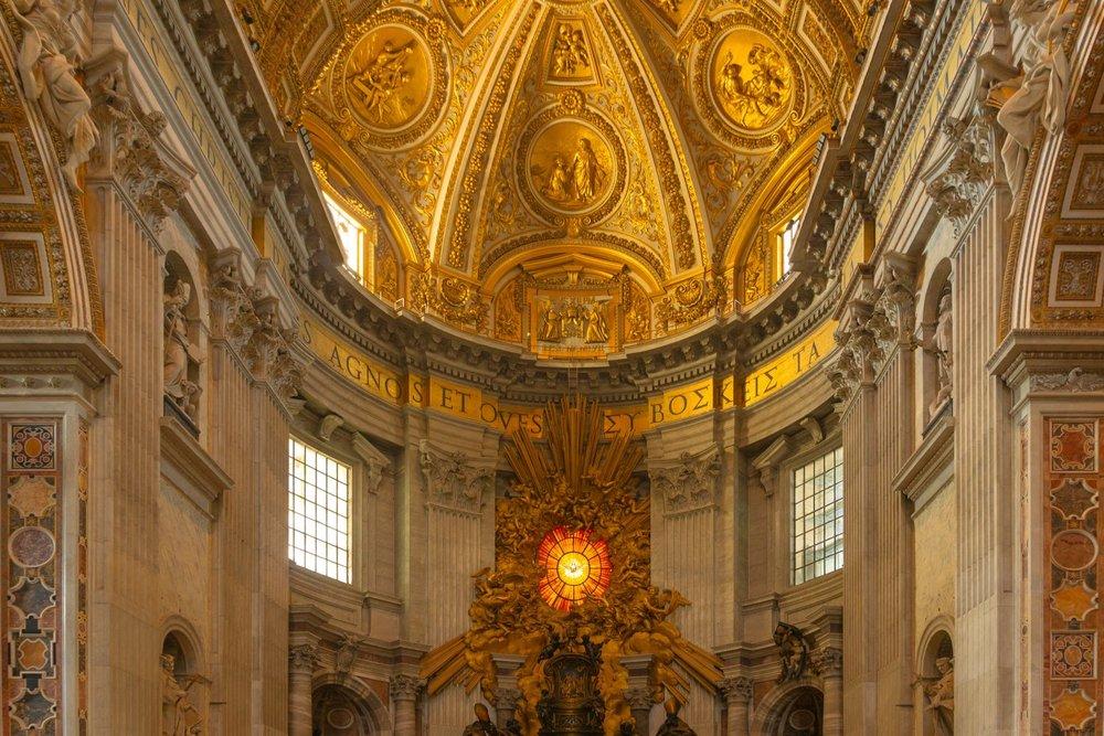 Saint Peter's Basilica, Vatican City, Rome, Italy.Principal design by: Michelangelo, Donato Bramante, Carlo Maderno and Gian Lorenzo Bernini.