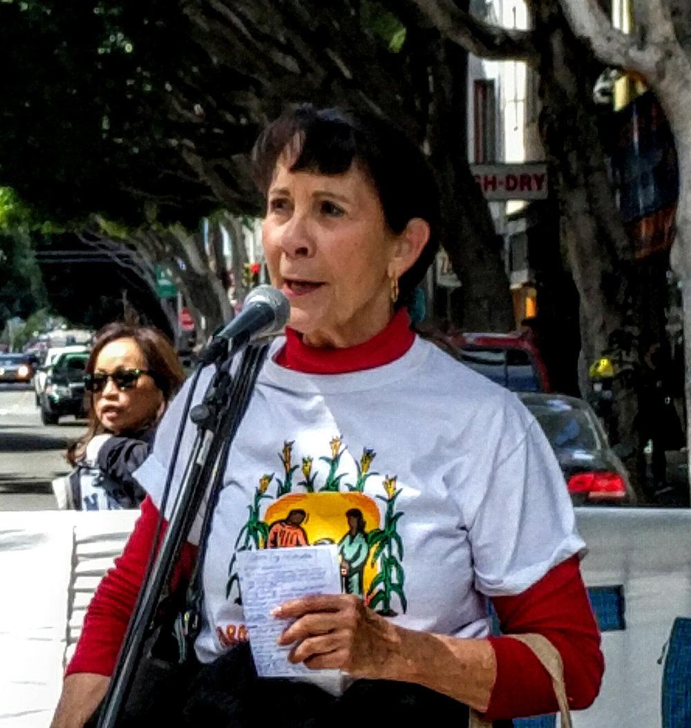 Dr. Ann López