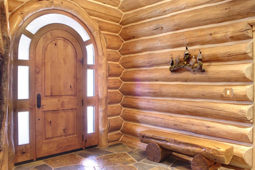 Cedar Glen 664 Interior Entry.jpg