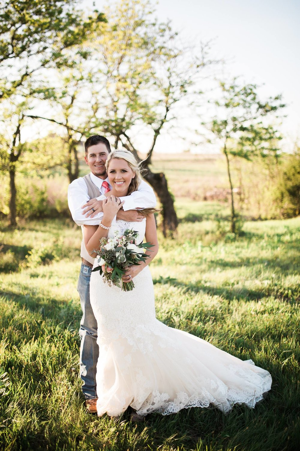 Jessica + Justin - The Big White Barn