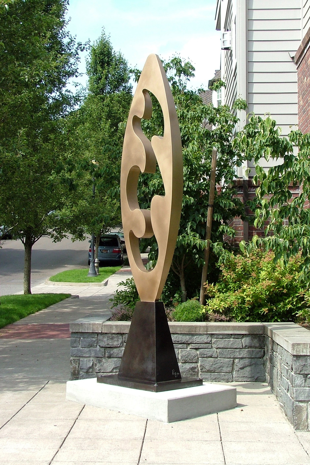 Cloud Totem, bronze
