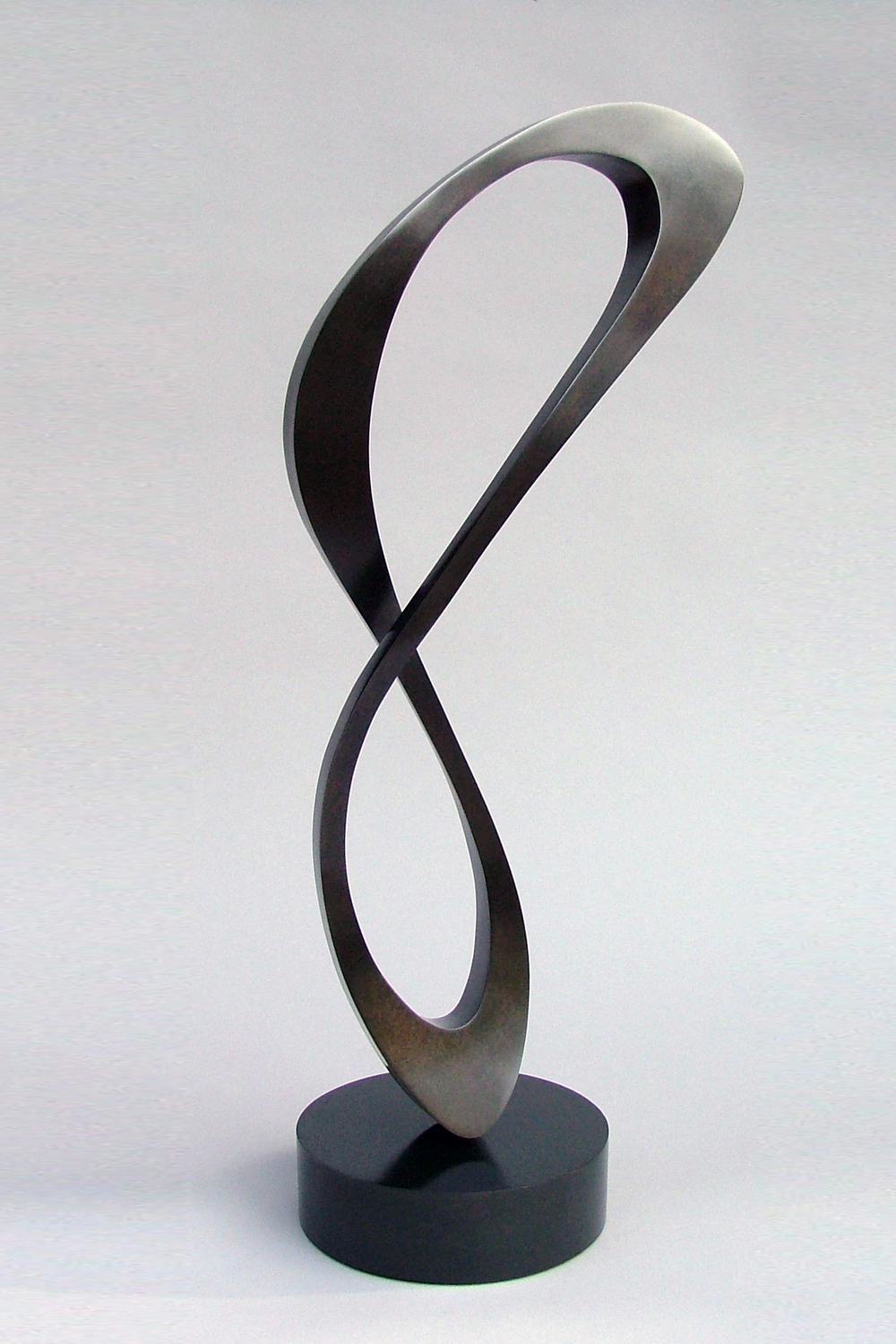 Infinity Form Dark, bronze