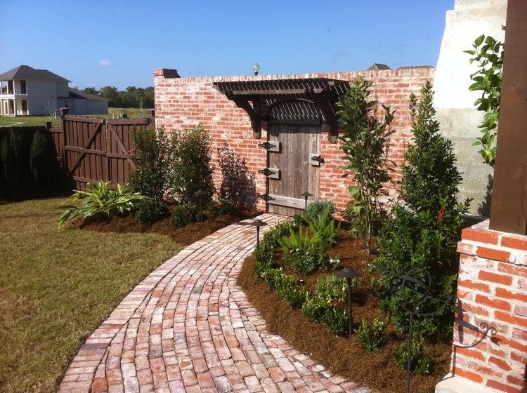 Landscape Installation, Baton Rouge, LA - Greenscape Design