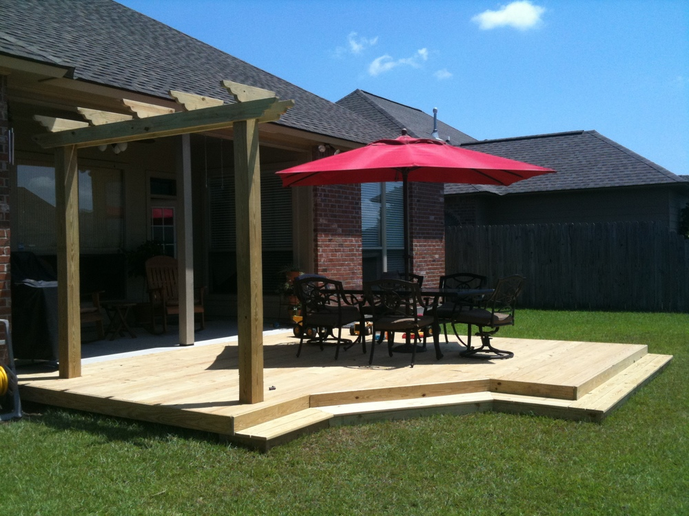 Backyard Deck, Greenscape Design - Baton Rouge, LA