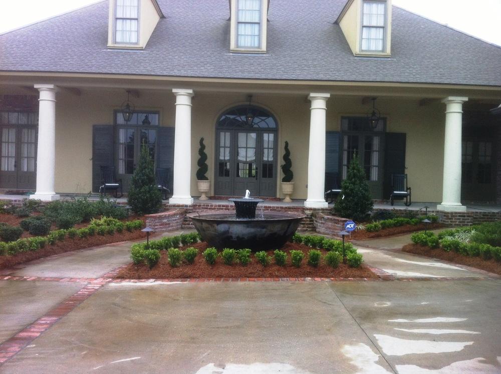 Front Yard Landscape Installation, Greenscape Design - Baton Rouge, LA