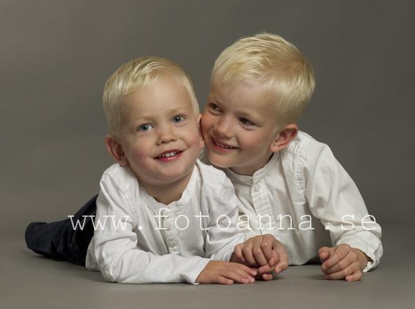 barnfotografering trosa studio FotoAnna