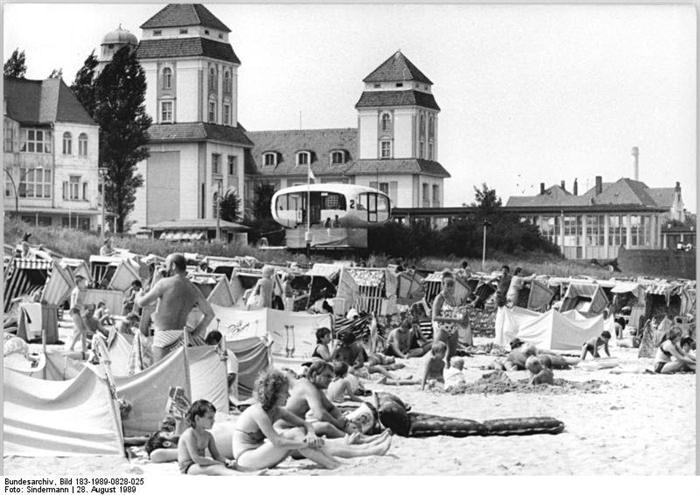 Hotelli Kurhausin ranta elokuussa1989muutamaa kuukautta ennen kuin Berliinin muuri murtui