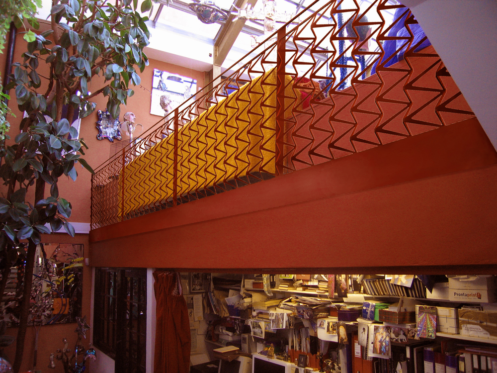 Artist studio balustrade