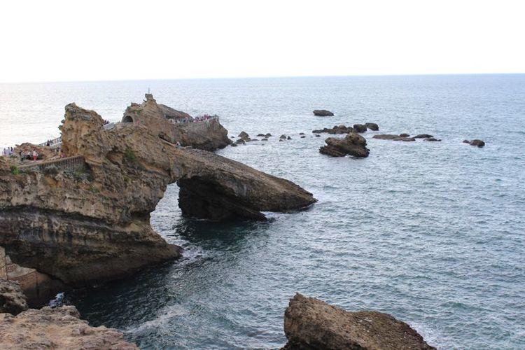 Beach-rocks.jpg