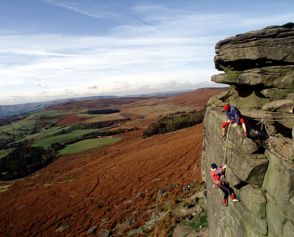 peak district explore climbing derbyshire