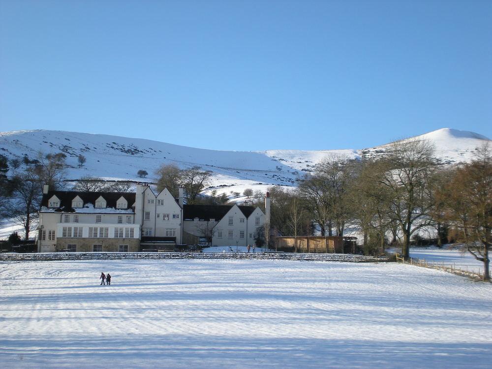 snowlosehillhouse