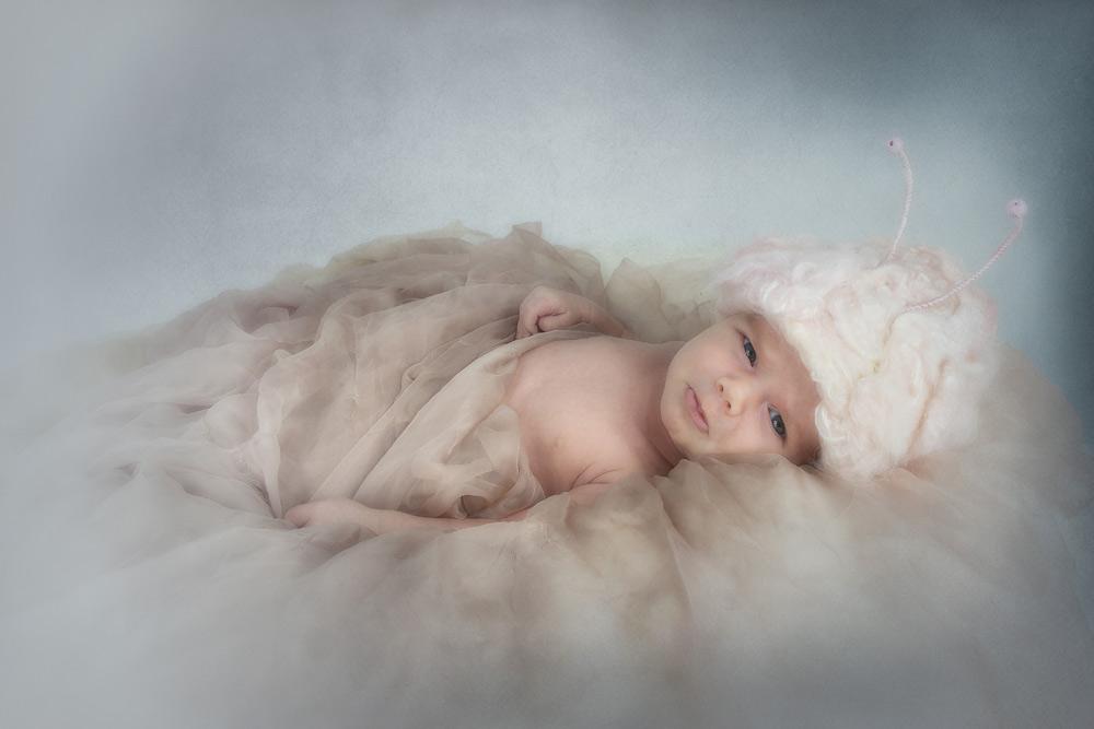 adorable-newborn-baby-free-lense-photo-01.jpg