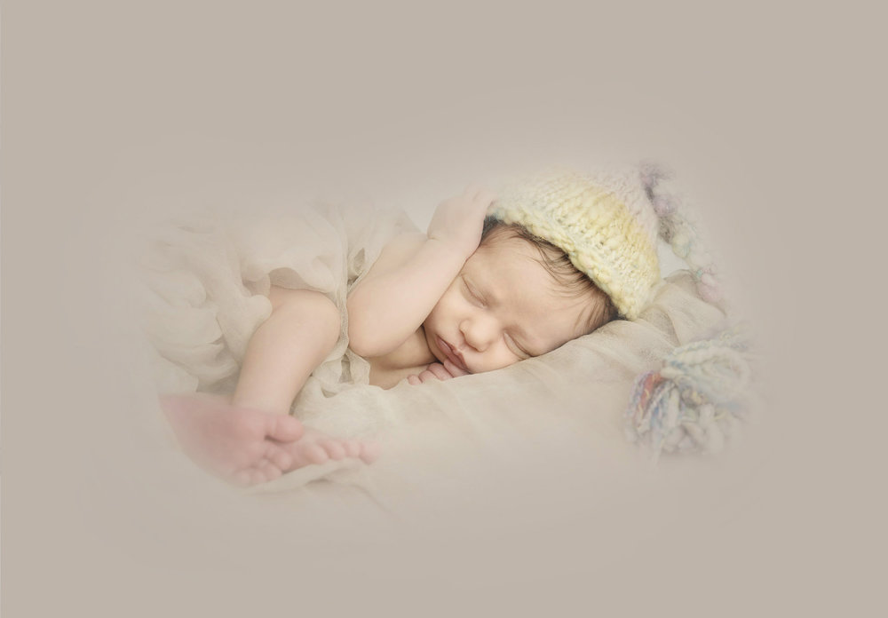 regina-newborn-photographers-free-lense-photo-004.jpg