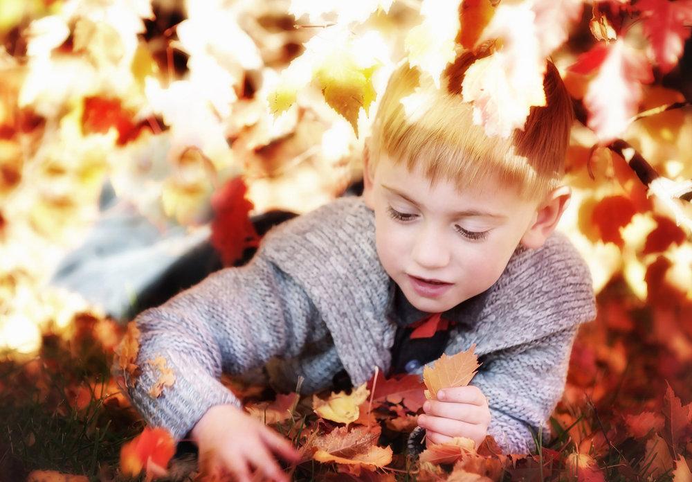 you-are-my-sunshine-fall-sessions-regina-free-lense-photo-12.jpg