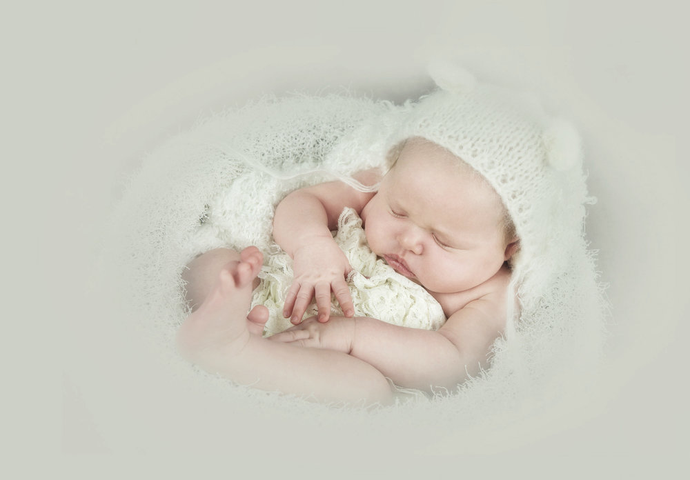 regina-newborn-photographer-free-lense-photo-048.jpg