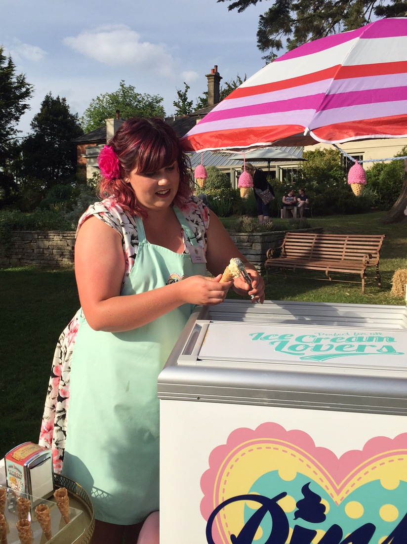 Pinks Ice cream
