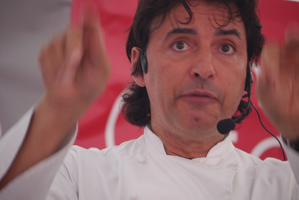 An animated Jean-Christophe Novelli