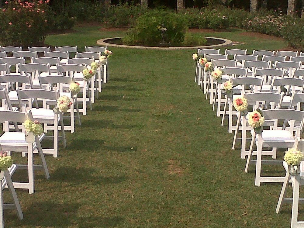 Outdoor Wedding Isle Flowers