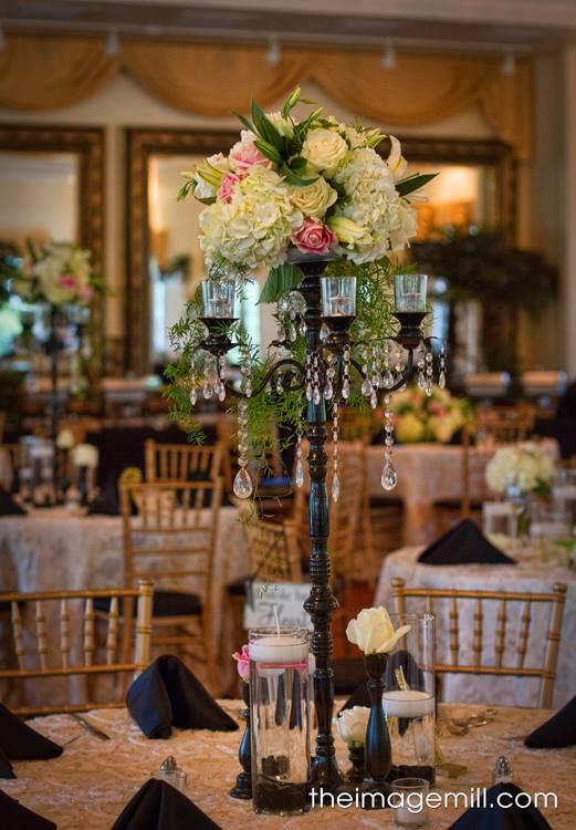 Wedding Floral Arrangement | Raleigh Wedding Florist | Flowers by Kyle