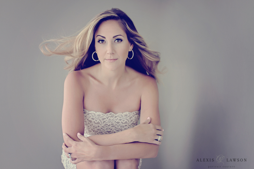 P-alexis-lawson-creative-portrait-boudoir-headshot-photographer-palm-beach-glamour-beauty-fashion (3 of 7).jpg