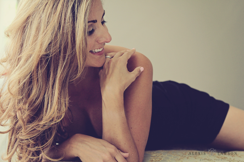 P-alexis-lawson-creative-portrait-boudoir-headshot-photographer-palm-beach-glamour-beauty-fashion (7 of 7).jpg