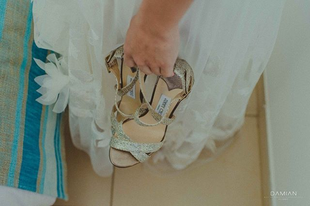 """Give a girl the right shoes, and she can conquer the world."" Marilyn Monroe . . . . . . #damianphotography #nicosiaphotographer #happilyeverafter #fineartweddingphotography #realbride #lovestory #instalove #realwedding