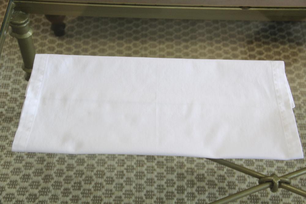Napkin Fold 3a.JPG