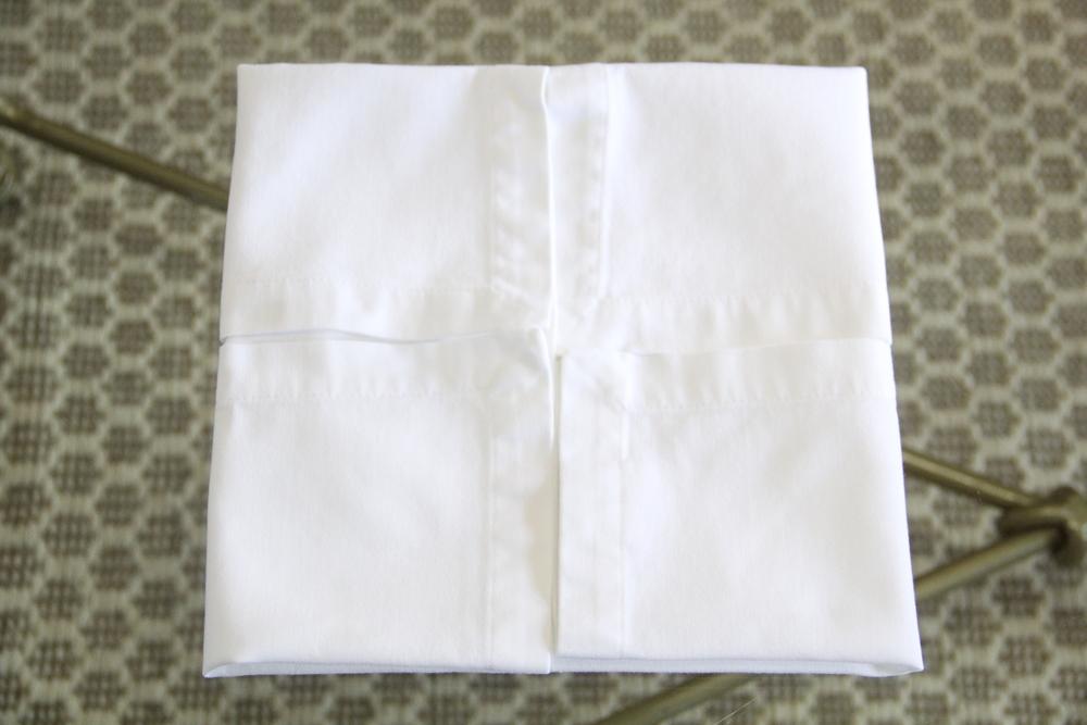 Napkin Fold 4a.JPG