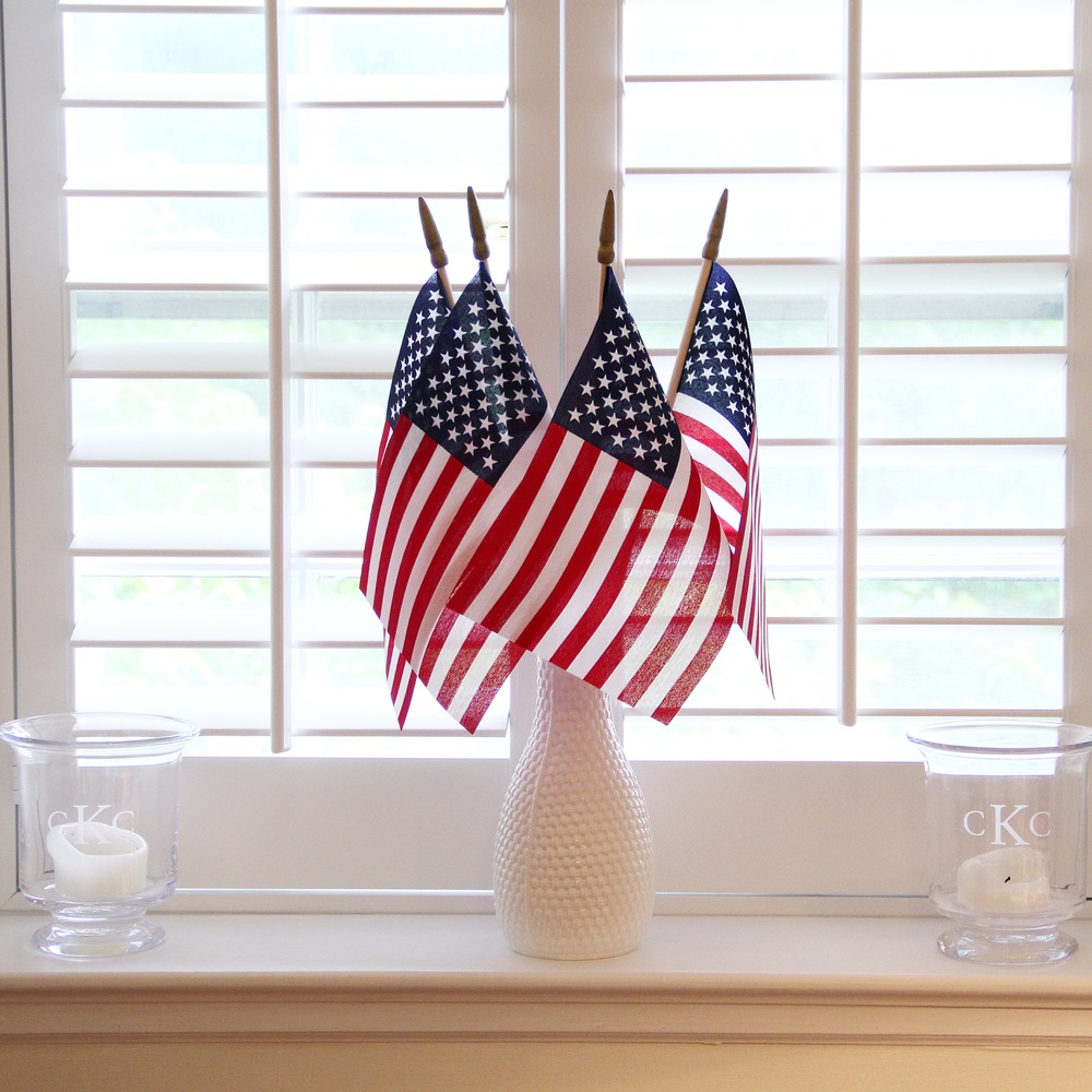 4th of July Tablescape 11.JPG